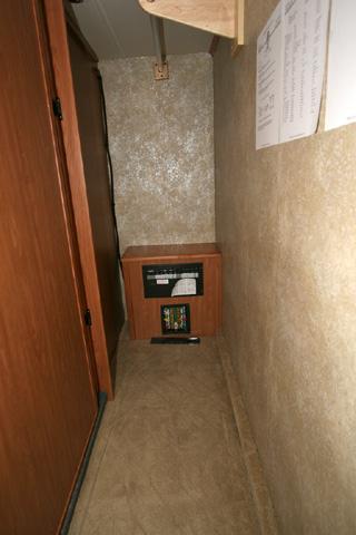 Toilet Sliding Door Design